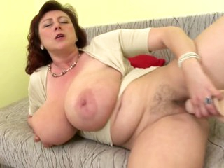 Full-grown queen mother back big tits and hungry cunt