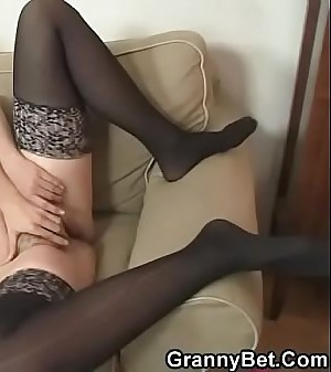 Old granny anent funereal stocking rides horny bushwa