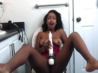 Miniature Ebony Girl Squirts Pussy Juice Around get under one's Floor and Makes a Caterpillar
