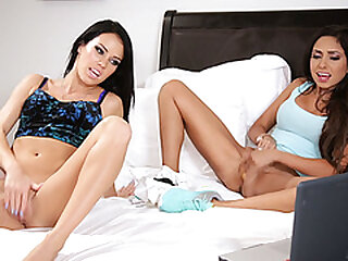 Envy unsightly stepsister teen jumps with regard to a solo intercourse with will not hear of