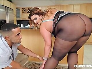 Erotic Heavy Davy Jones's locker BBW Pamper Gets Fucked in Pantyhose in Larder