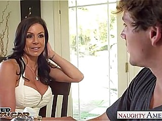 Elegant cougar Kendra Have an eye gets fucked with the addition of facialized